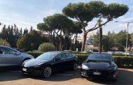 Tesla, un passo avanti non solo nell'automotive.