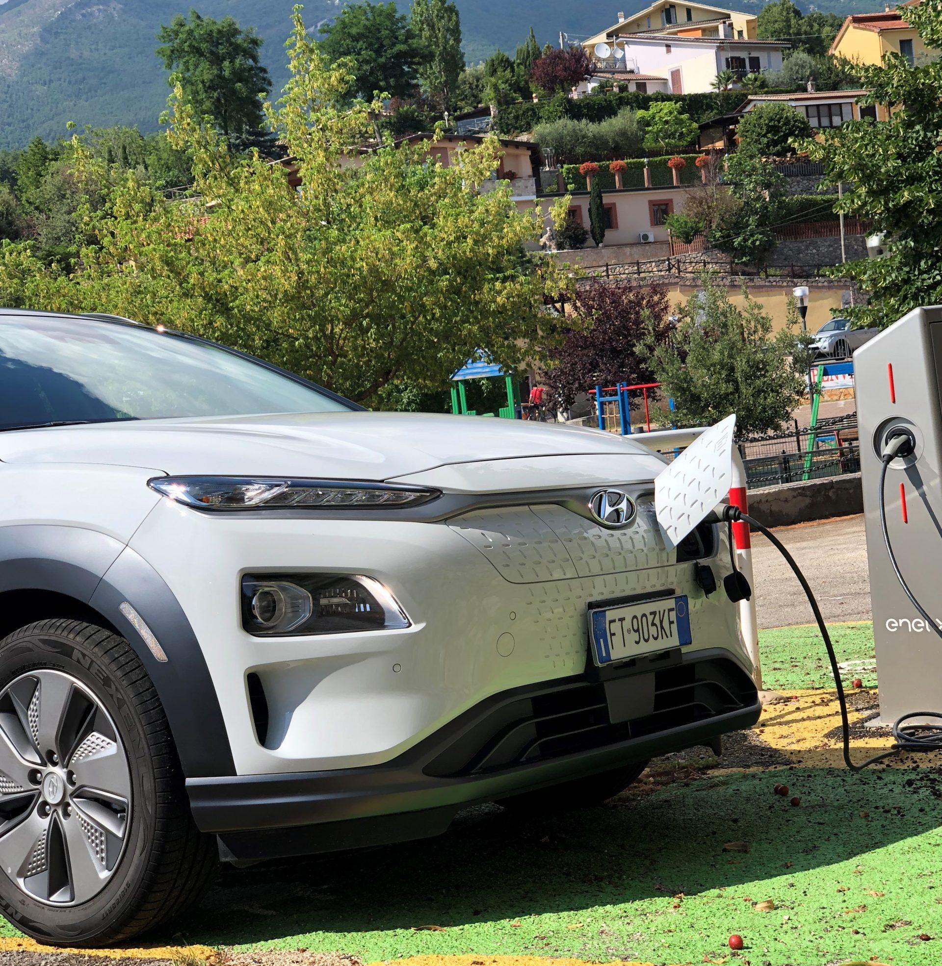 """Una Lombardia sempre più """"green"""" contributi auto elettriche terminati!"""