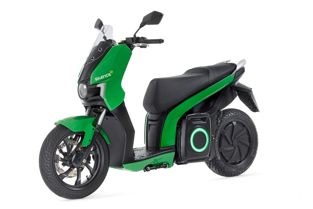 Scooter Silence in Italia