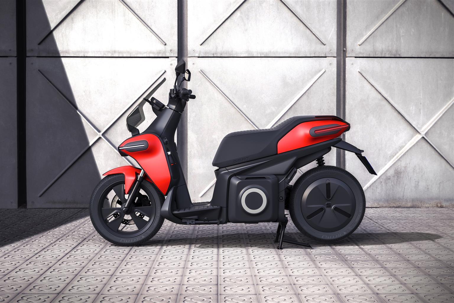 SEAT entra nel mercato delle moto con uno eScooter 100% elettrico