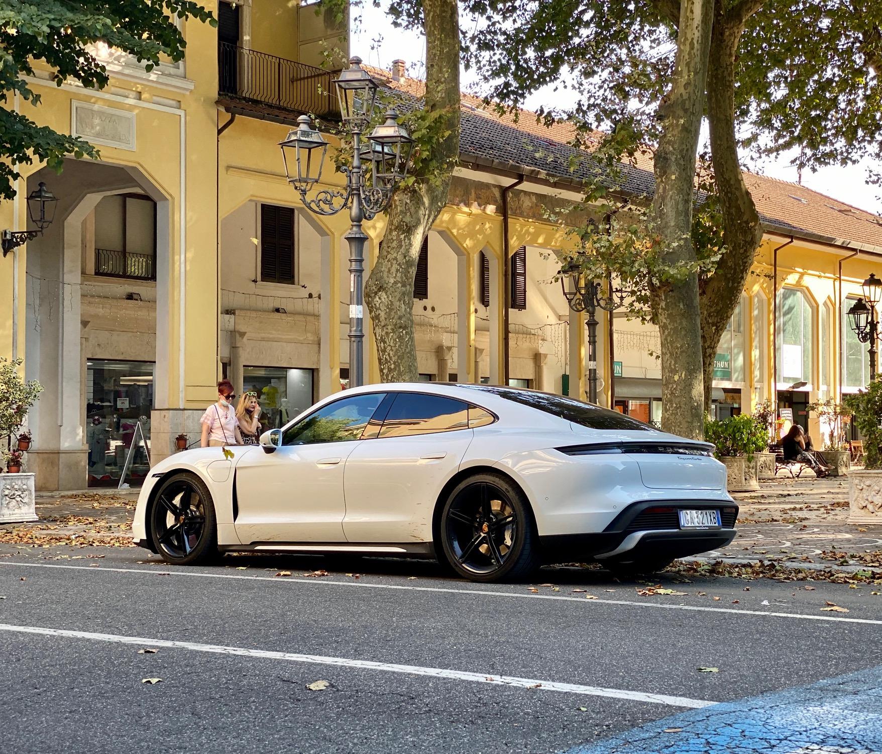 Porsche Taycan: l'anima Porsche che diventa elettrica