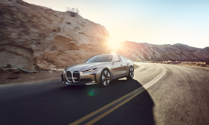 NUOVA PIATTAFORMA BMW ENTRO IL 2025